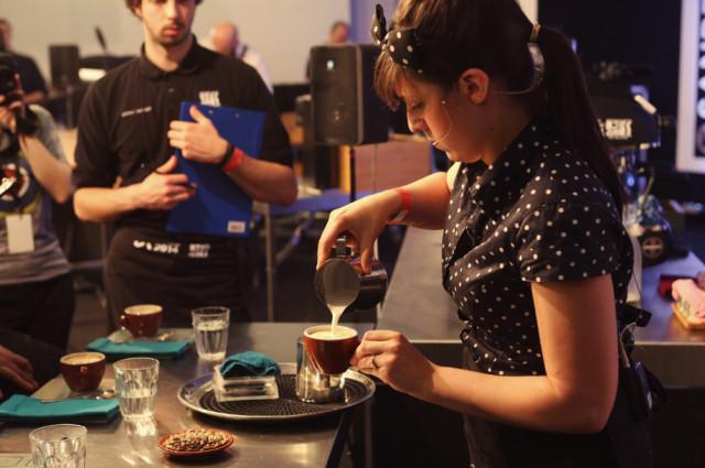 Diana-Johnston-Cappuccino-Pouring